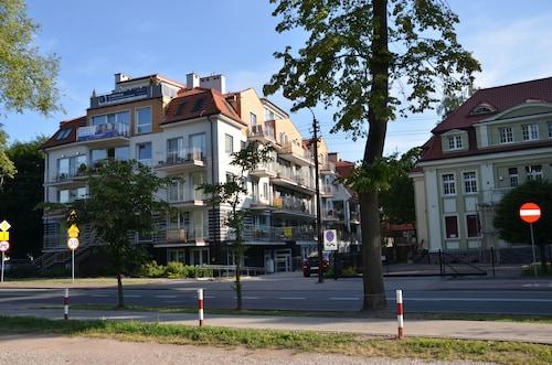 . Luksusowy Apartament przy Plaży Niegocin