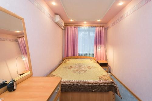 Apartments on Gorkogo 80, Nizhniy Novgorod gorsovet