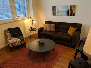 Boho Industrial 2BR Apt Near Mass Ave