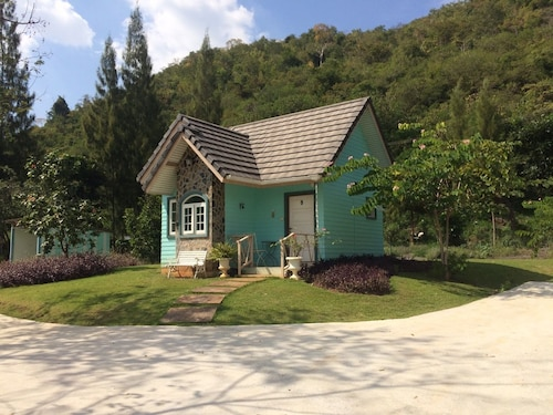 Cottages at Hill Resort, Pak Chong