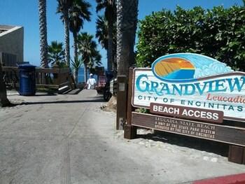 Grandview 3 Bedrooms 2.5 Bathrooms Home