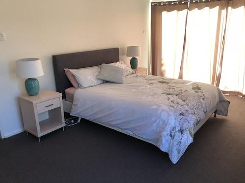 Wombarra BnB, Wollongong - Inner