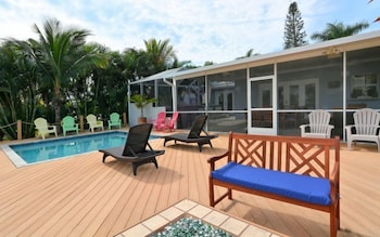 Southern Comfort 3 Bedrooms 2 Bathrooms Home