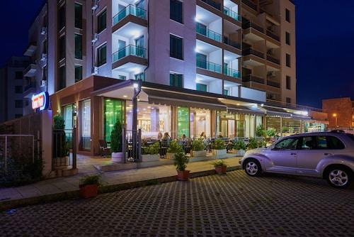 Central Plaza Hotel, Pomorie