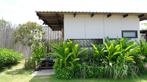 Awana Villa Resort Yaonoi, Ko Yao District