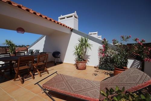 Villa Sol by BnbLord, Albufeira