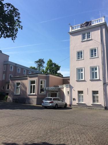 . Hotel Villa von Sayn