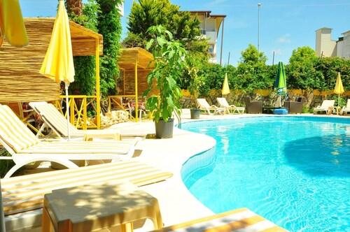 . Almila Side Suite Hotel