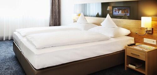 . Hotel Brackweder Hof