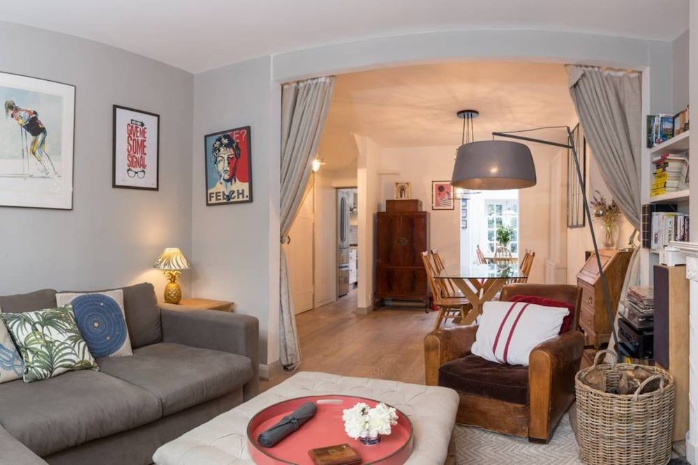 3 Bedroom House in Notting Hill