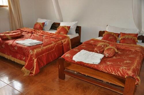 Riviera Hotel Hoima, Bugahya