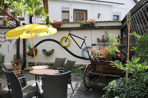 Hotel Simonis, Mayen-Koblenz