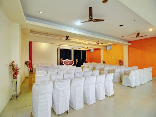 OYO 12941 Hotel Forest Transit, Coimbatore