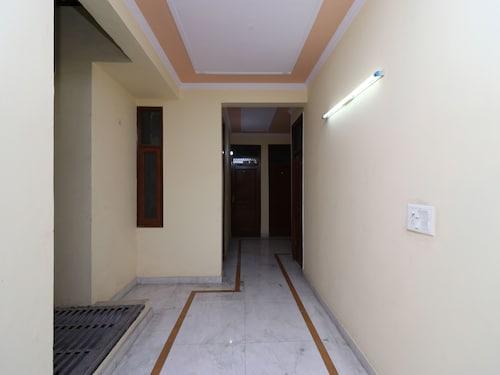 OYO 12774 Akash Residency, Gautam Buddha Nagar
