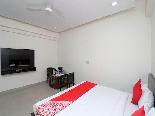 OYO 12230 Hotel MVM Inn and Restro, Faridabad