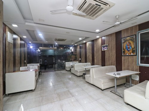 OYO 1125 Hotel City Point, Gurgaon