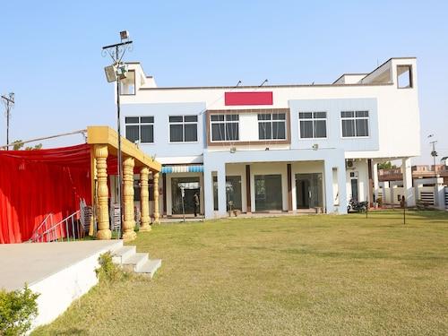 OYO 11484 Hotel Shivam, Ajmer