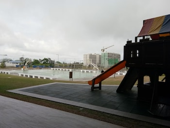 WIND RESIDENCES BY SMCO Basketball Court