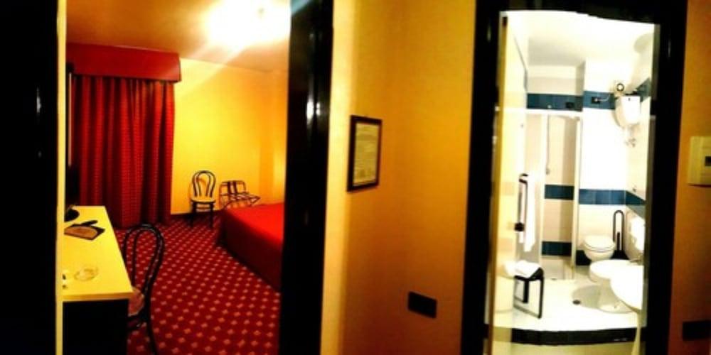 Hinterland Hotel