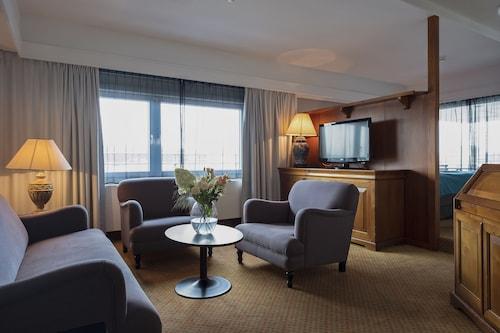 . Dronningen Hotel