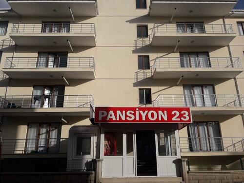 PANSIYON 23, Merkez