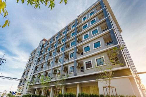 Grand Inter Hotel, Muang Samut Sakhon