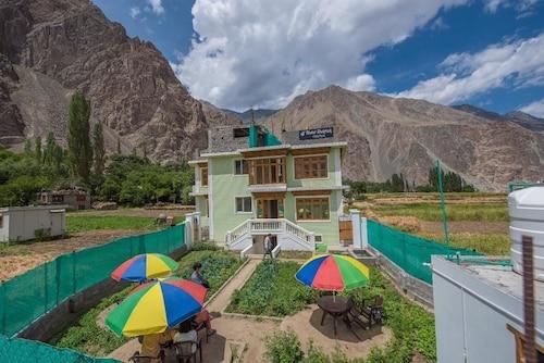 Roost Duktuk, Leh (Ladakh)