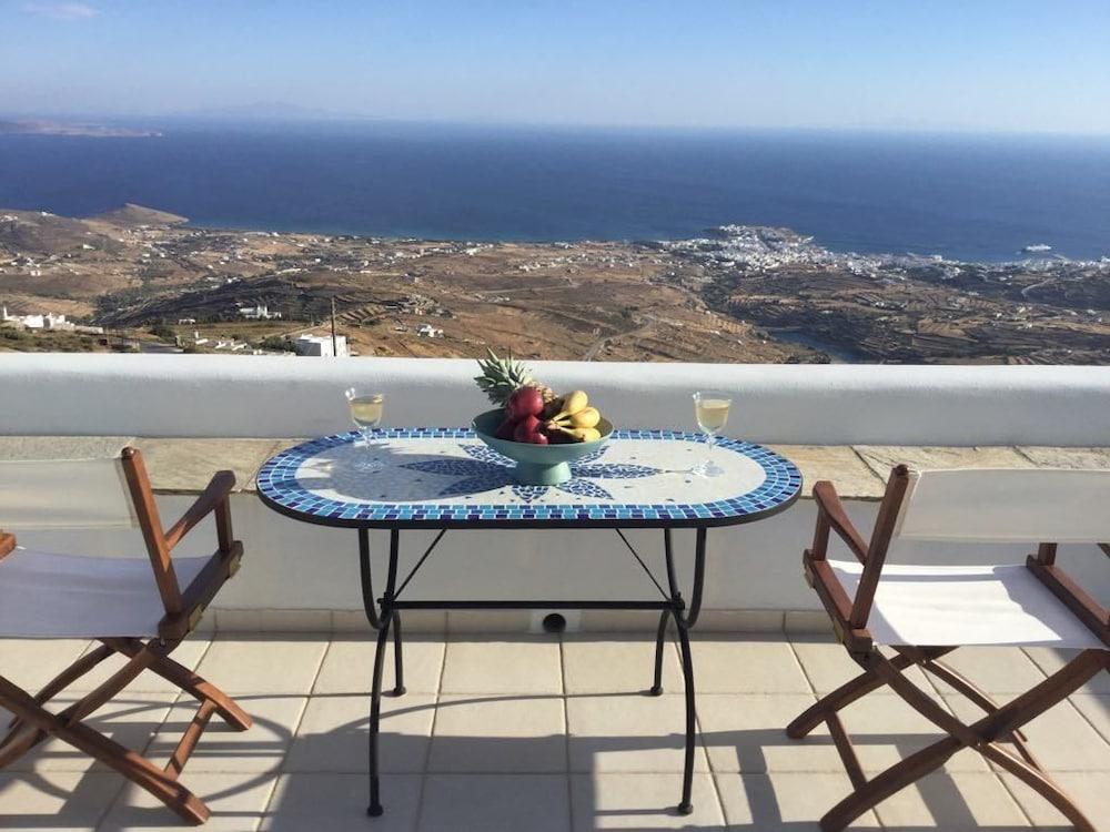 Blue Azur Deluxe Villa