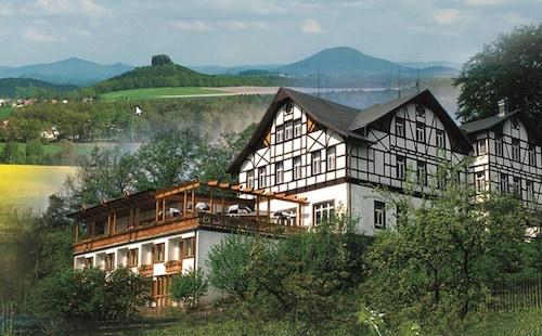 __{offers.Best_flights}__ Panoramahotel Wolfsberg