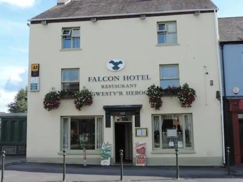 . Falcon Hotel