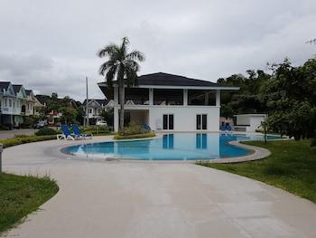 3 BEDROOM HOME AT BATANGAS CITY PHILIPPINES PONTEFINO Outdoor Pool