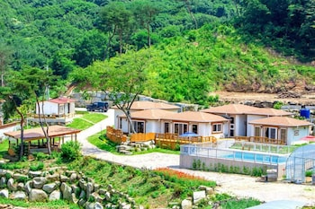 Ganghwa Herb Land Guesthouse