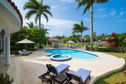 Crown Villas 6 bdrm - All Inclusive, San Felipe de Puerto Plata