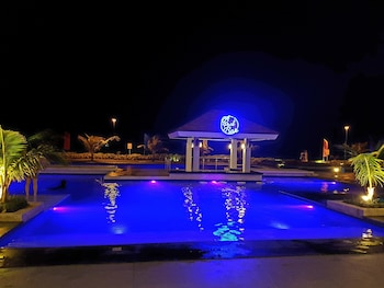 AMAZING SEAVIEW ARTERRA PENTHOUSE Pool