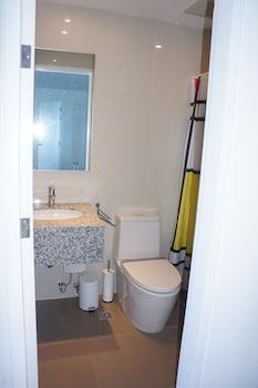 AMAZING SEAVIEW ARTERRA PENTHOUSE Bathroom Sink