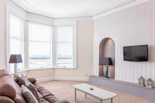 . Eagleton Residence - Donnini Apartments