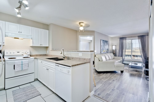 Suite Digs Rivertwin, Division No. 6