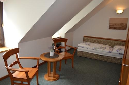 Restaurant-Hotel Benedikt, Náchod