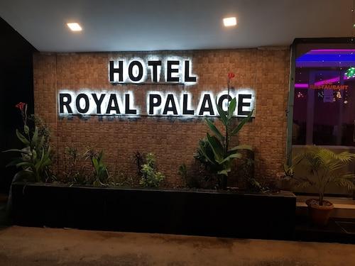 . Hotel Royal Palace