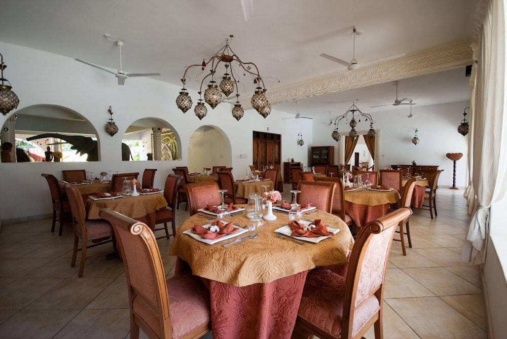 Double Heart Malindi Resort