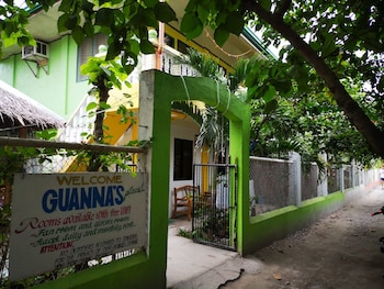 GUANNA'S PLACE ROOM AND RESTO BAR Exterior