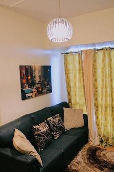 1BR CONDOMINIUM @ AVIDA TOWERS CEBU IT PARK Living Room