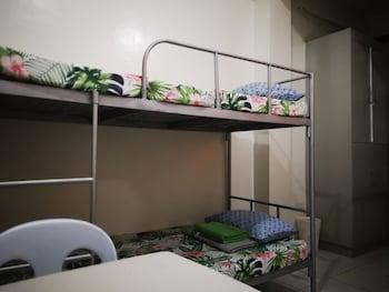 JDL RESIDENCES - HOSTEL Guestroom