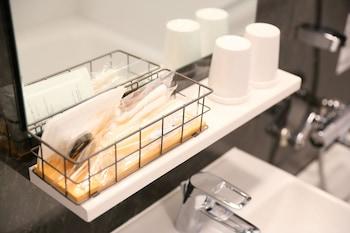 ICI HOTEL AKASAKA BY RELIEF Bathroom Amenities