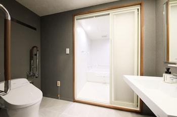 ICI HOTEL AKASAKA BY RELIEF Bathroom