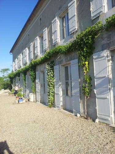 . Domaine de Puyrousse