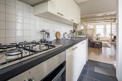 Casa Nora, Alkmaar