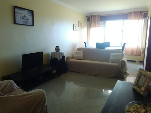 Apartment With 3 Bedrooms in Paço de Arcos, With Wonderful sea View, B, Oeiras