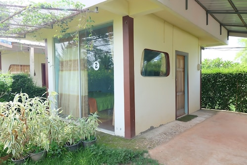 . Khuan Pron Holiday Home
