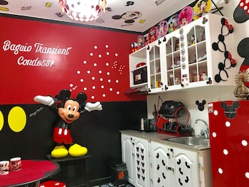 MICKEY AND MINNIE MOUSE UNIT 537 ALBERGO Featured Image